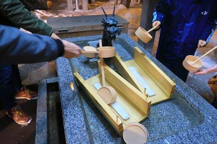 北海道神宮 元旦の手水舎