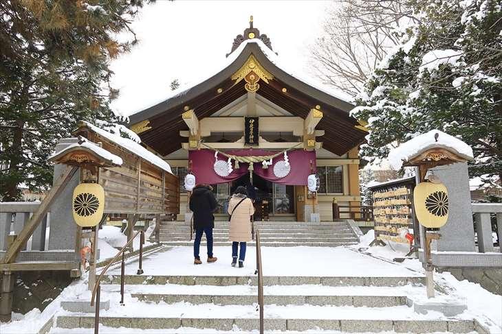 彌彦神社 冬の様子