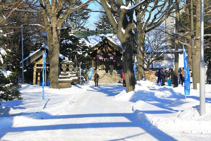 冬の厚別神社