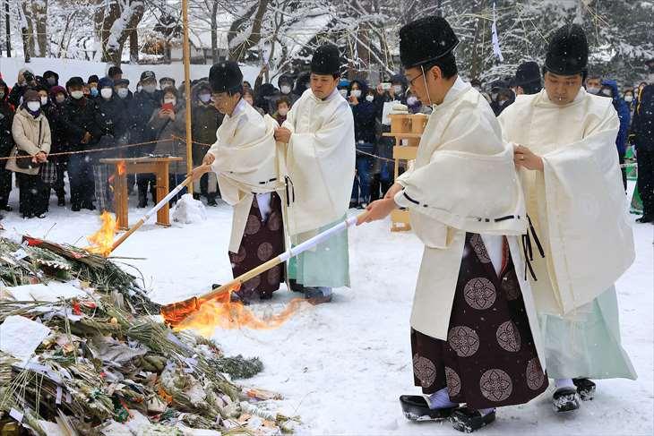 北海道神宮 どんど焼き
