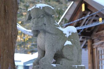 北海道神宮の狛犬