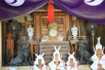 女夫龍神 社殿内