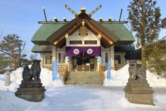 冬の烈々布神社