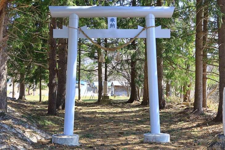 定山渓農地神社の鳥居